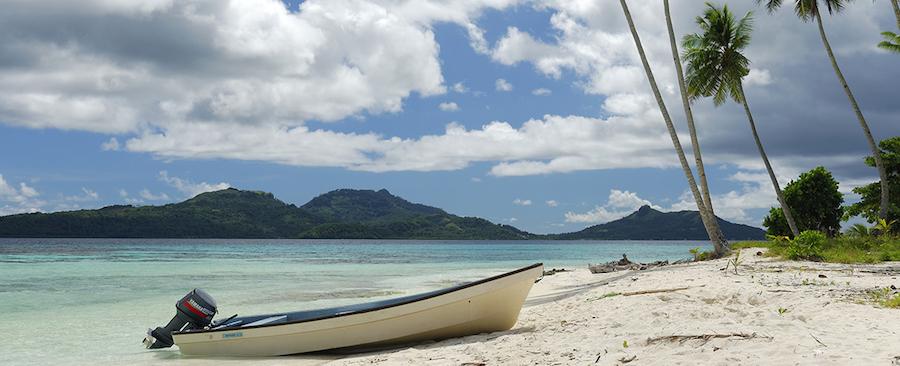 Boat in Chuuk_OD-366